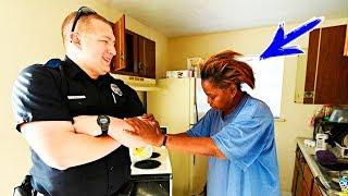 Женщина украла 5 яиц, но ее поймали! А когда приехали полицейские, они сделали нечто невероятное!