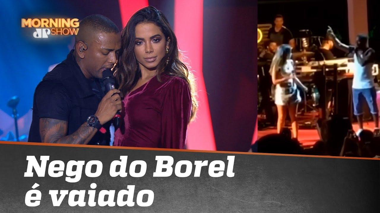 Nego do Borel toma vaia e Anitta sai em defesa dele
