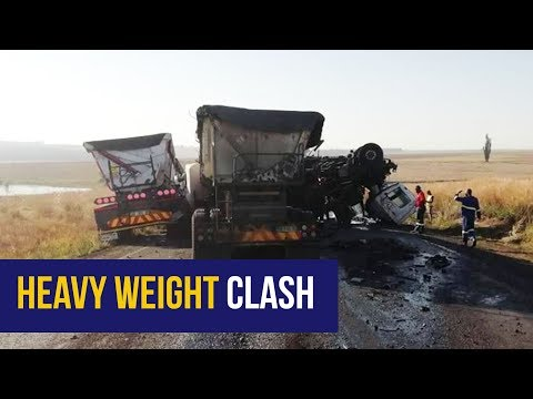 WATCH: Dashcam footage shows Mpumalanga two-truck head-on collision