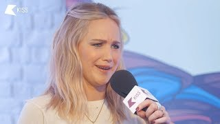 Jennifer Lawrence Talks, Red Sparrow, the Kardashians and the BAFTAs! | Tom on KISS