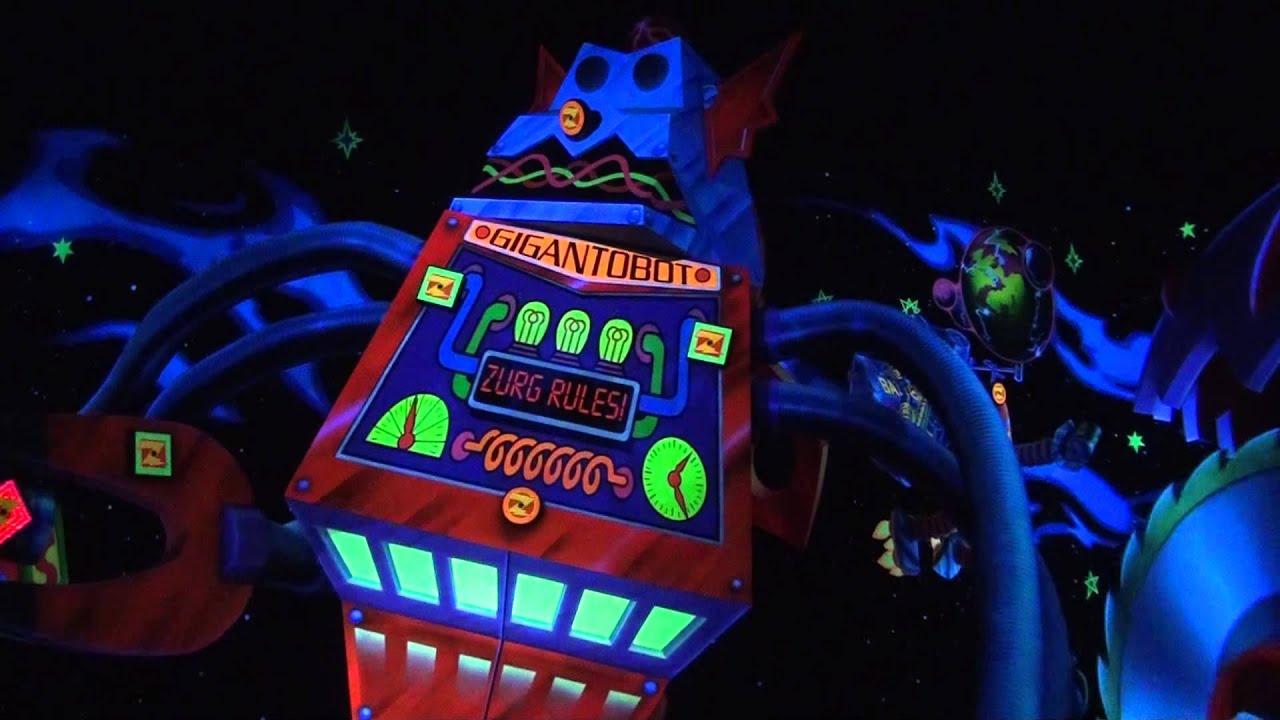 「Buzz Lightyear's Astro Blasters tokyo disneyland」の画像検索結果
