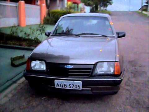 Chevrolet monza 1989 1.8 álcool - YouTube