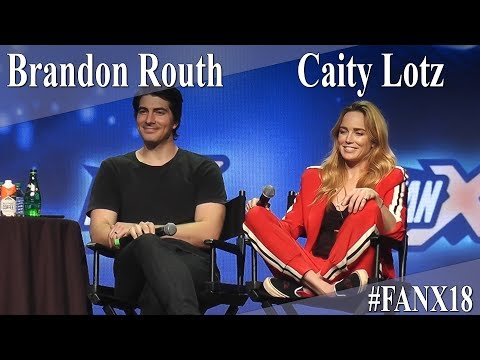 Brandon Routh and Caity Lotz  Legends of Tomorrow PanelQ&A  X 2018