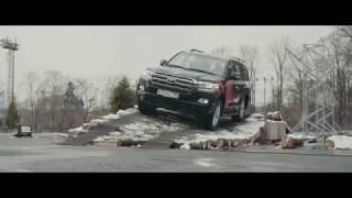 Вывешиваем Toyota Land Cruiser 200. Проверяем работу A-TRC