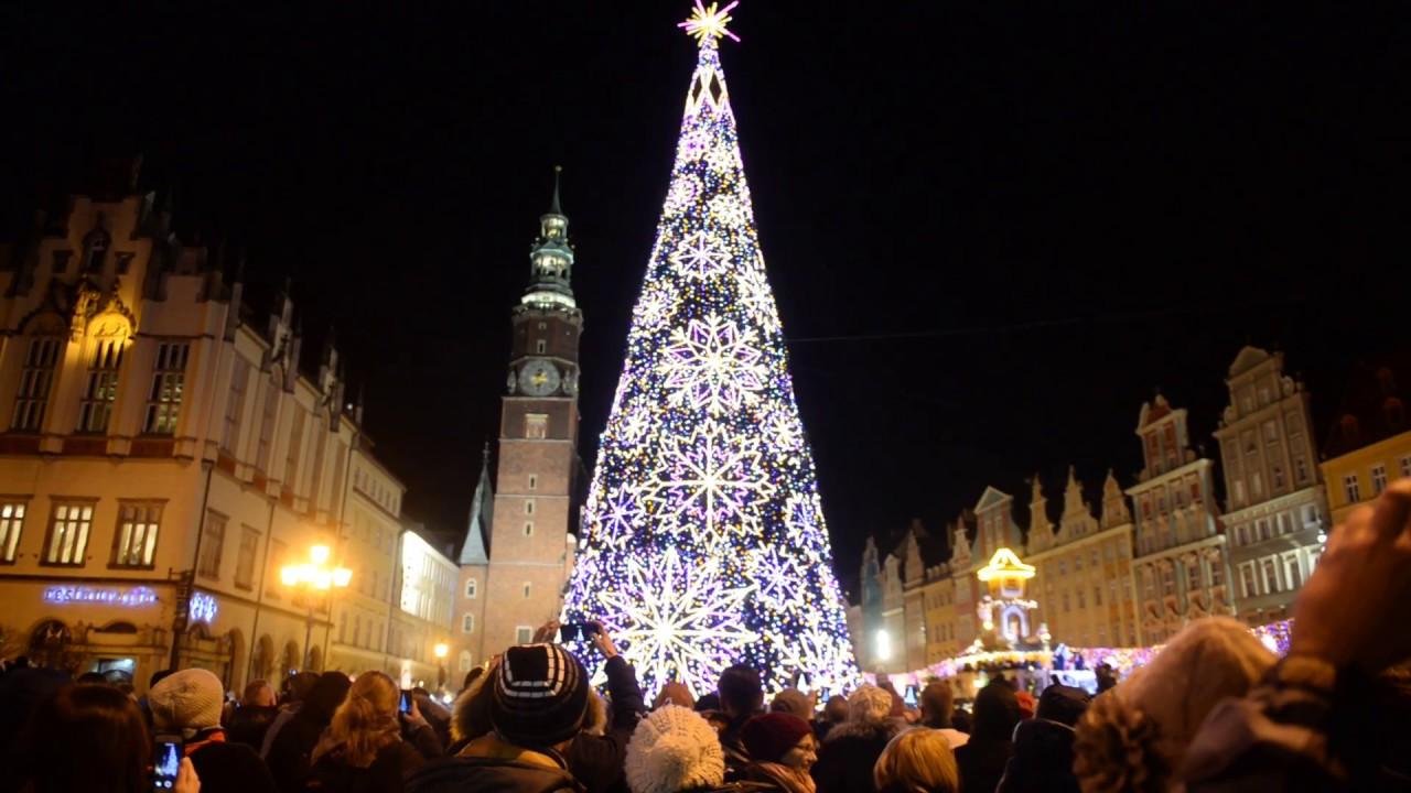 Mikołaj i rozświetlenie choinki na wrocławskim Rynku
