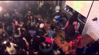 DJ Akkie Performing Live At Hauz Khas Social.