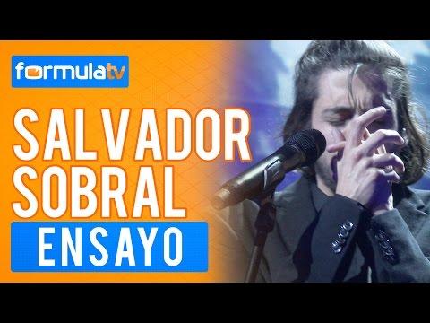 """Salvador Sobral canta """"Amar Pelos Dois"""" en el Dress Rehearsal de la final de Eurovisión 2017"""