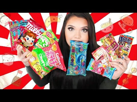 TRYING JAPANESE CANDY! Tokyo Treat Taste Test!
