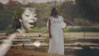 Janet Manyowa - Ndomira Pamuri Official Video