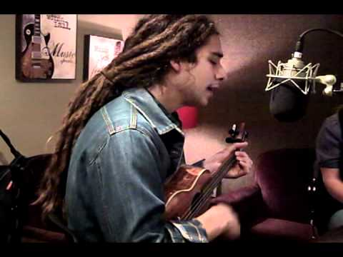 "Jason Castro ""Somewhere Over The Rainbow"" 