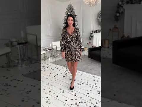 Блестящее платье с декольте KV-S965A520