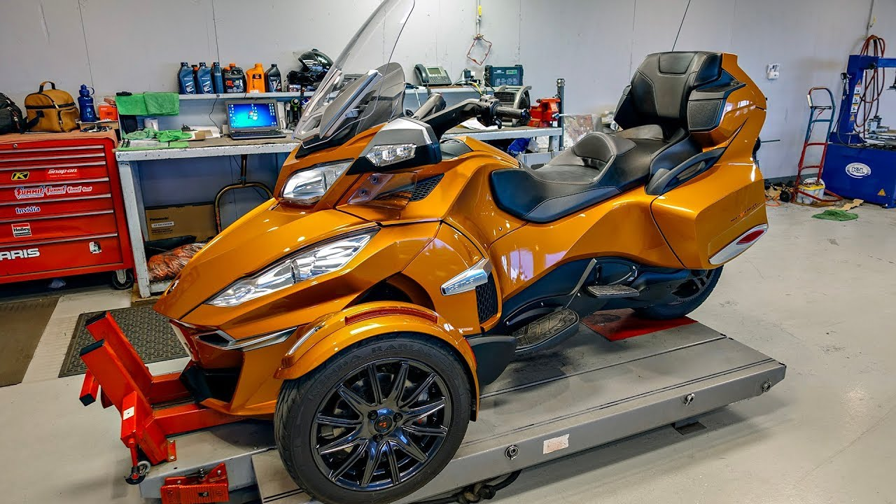 can am reveals ryker 2014 rt s with 68 miles. Black Bedroom Furniture Sets. Home Design Ideas