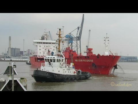 fine tug work brings tanker HARBOUR PROGRESS CQNY IMO 9572745 into Grand Emden Sealock