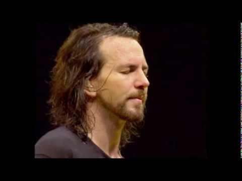 """""""Golden state"""" Eddie Vedder and Natalie Maines (live)"""
