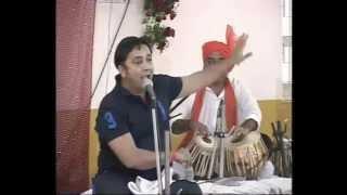 Sukhwinder Singh sings Chaiyya Chaiyya in an unusual way Part 2