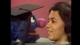 'Sesame Street' Says Goodbye to Maria