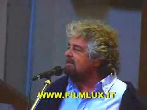 Beppe Grillo insegna economia agli economisti