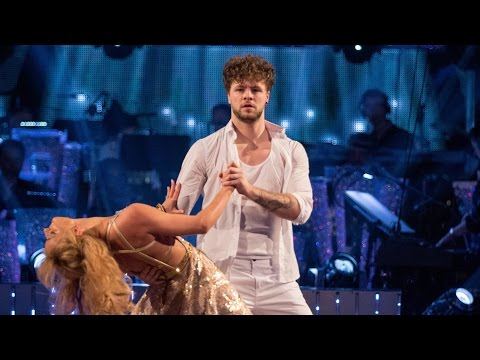 Jay McGuiness & Aliona Vilani dance to 'Can't Feel My Face'  Strictly Come Dancing: 2015
