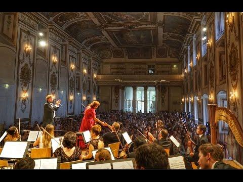 Christine Walevska the legendary Cellist. DVORÁK CONCERTO & EXCLUSIVE INTERVIEW