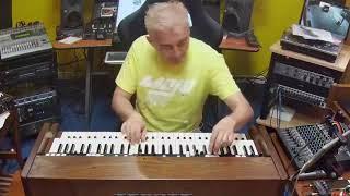 Facebook livestream recording of Max Tempia showcasing the Crumar Mojo Classsic