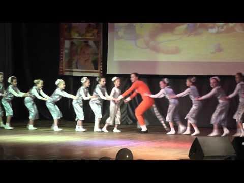 Танец  Кошки - Мышки.  Волгореченск