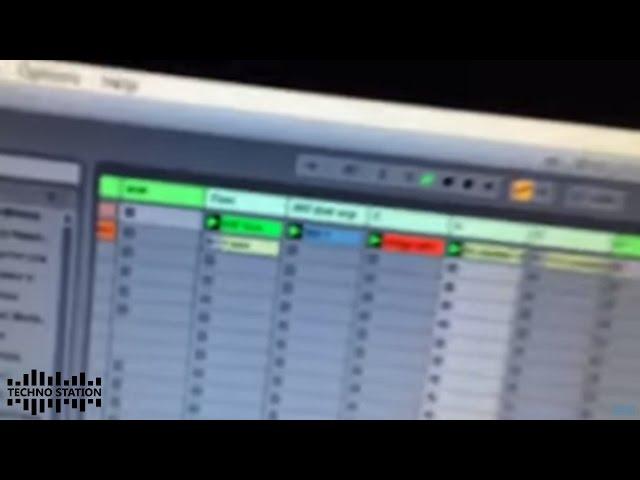 TM404 - 202 202 303 606 (Sebastian Mullaert live mix in the studio)