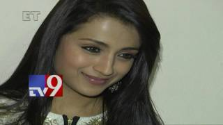 Trisha signs 4 movies in Kollywood - TV9