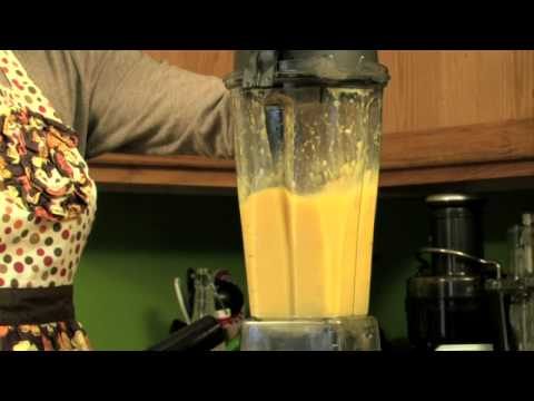 How To Make A Fruit Juice Smoothie Using Mangoes, Orange Juice And Bananas