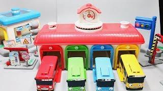 Гараж для машинок. Развлекающие и развивающие видео обзоры детских игрушек