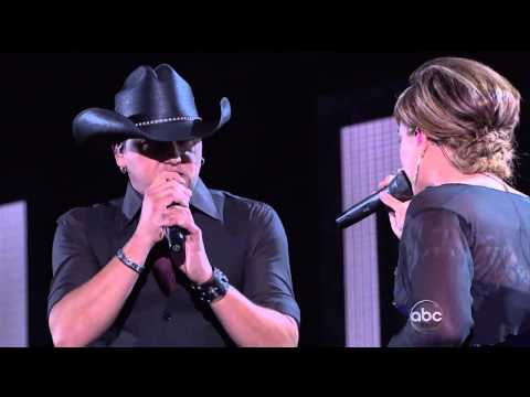 Kelly Clarkson   Jason Aldean   Don't You Wanna Stay CMACountry Music Awards 44th November 10 2010