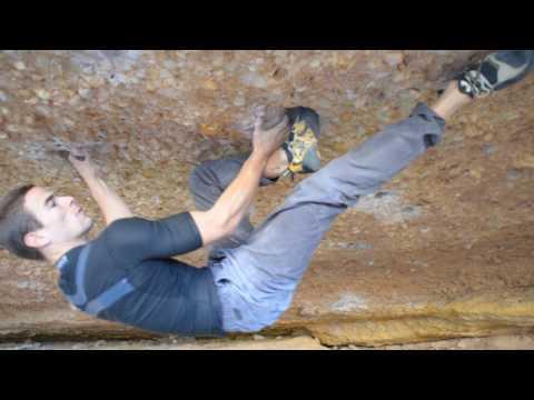 Beto Rocasolano climbs Crisis ~8C/+