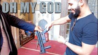 COP GAVE ME HIS GUN!