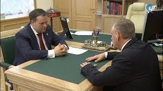 Andrey Nikitin Novgorod viloyati dan Senator bilan ishlash uchrashuv Sergey Mitin bo'lib o'tdi