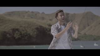 Video Vidi Aldiano - Definisi Bahagia feat. Andi Rianto (Piano Version) download MP3, 3GP, MP4, WEBM, AVI, FLV Maret 2018