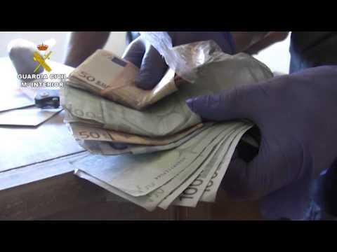 Dos pontevedreses, entre los once condenados por introducir cocaína a través de contenedores