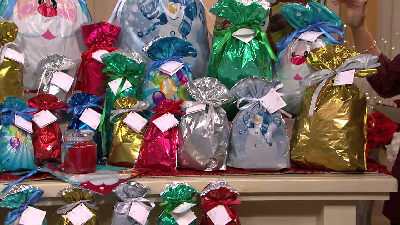 Kringle express piece e z drawstring holiday gift bag