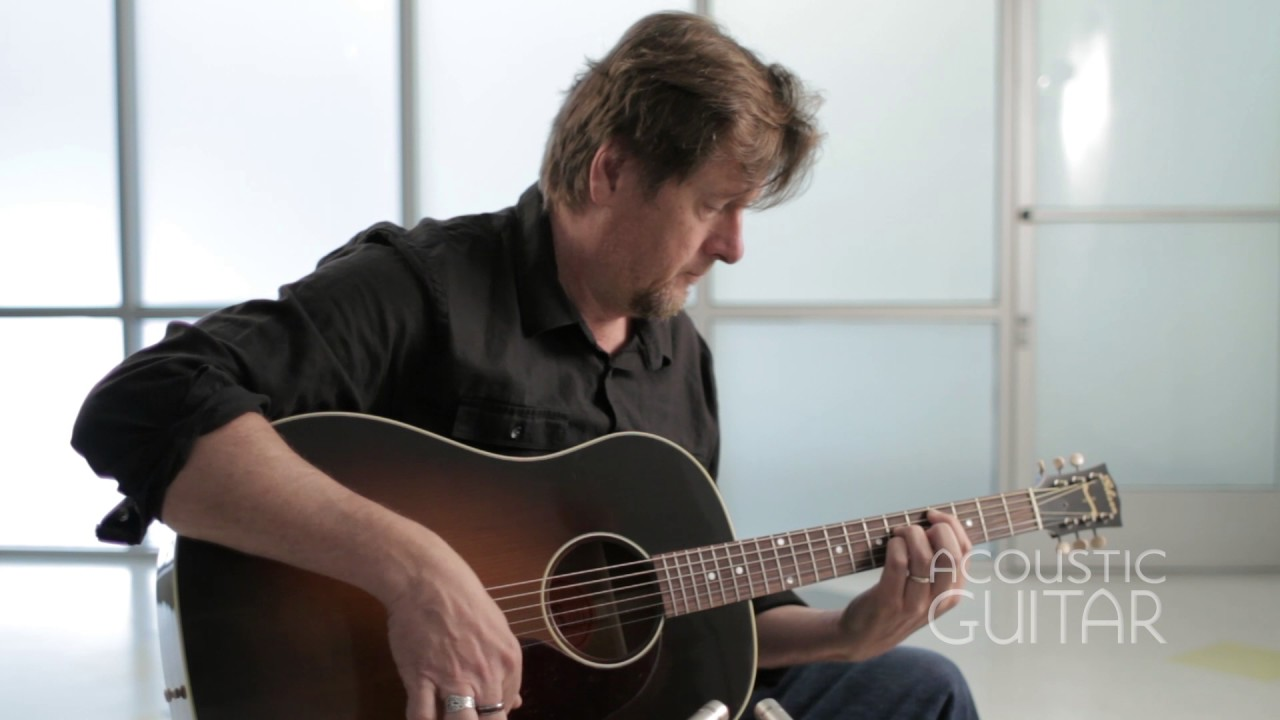 Review: Gibson's J-45 Vintage Is a Winning Workhorse [VIDEO