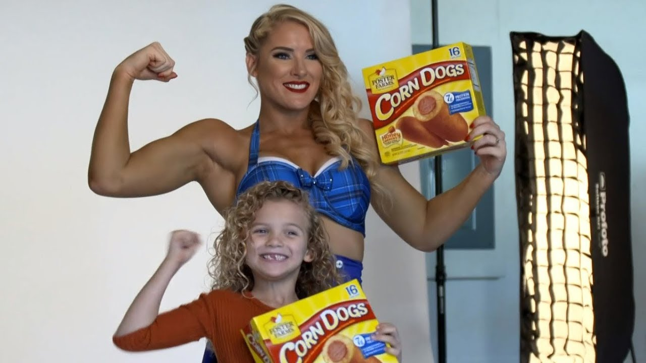 On set with Lacey Evans and her daughter for Foster Farms commercial