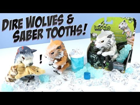 UNTAMED Fingerlings Sabertooth and Direwolf WowWee Toys 2018