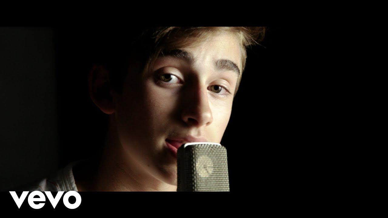 Johnny Orlando - Last Summer (Acoustic) - YouTube