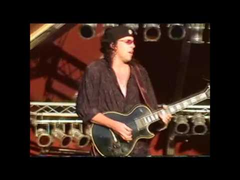 Helix classic rock fest Windsor clip 1