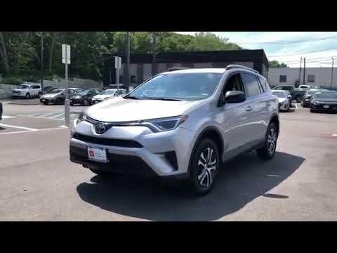 Used 2017 Toyota RAV4 LE 2T3BFREV1HW661351 Huntington Station, Melville, Commack, Huntington
