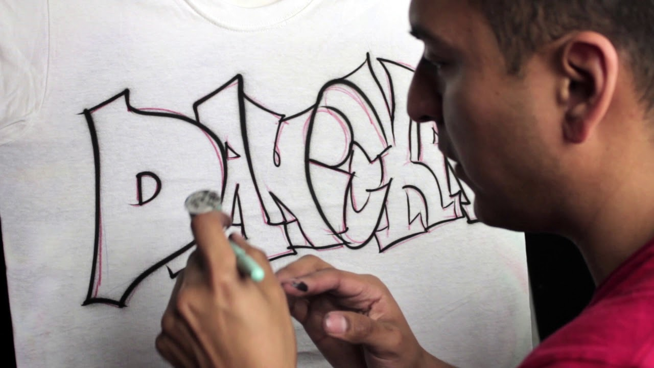 How To Airbrush A Graffiti Name Design T Shirt Youtube