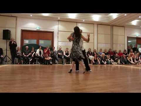 Tango auf der Winterinsel 2014. Auftritt von Biki und Muzo