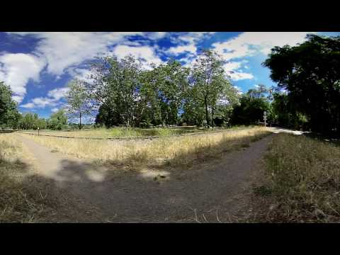 Miniature Train at Vasona Park 360 VR 3D Camera (VUZE)