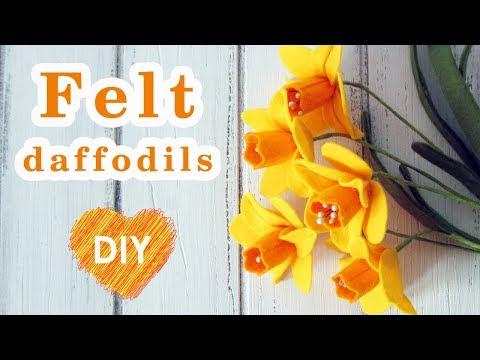 DIY. Daffodils made of felt. Very easy! Pattern in description.