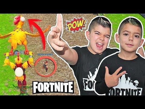 TIRO AL POLLO EN FORTNITE!!! PINO vs  ARES/Patio de juegos