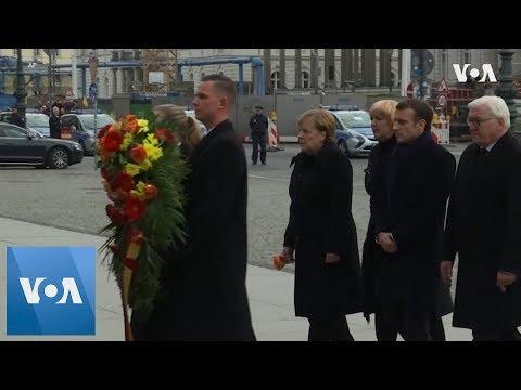 Merkel & Macron attend WW1 remembrance wreath-laying in Berlin
