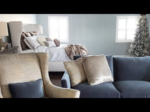 CHRISTMAS TOUR| TRANSITIONAL MASTER BEDROOM   SITTING AREA | DECORATE WITH ME & CLEAN WITH ME