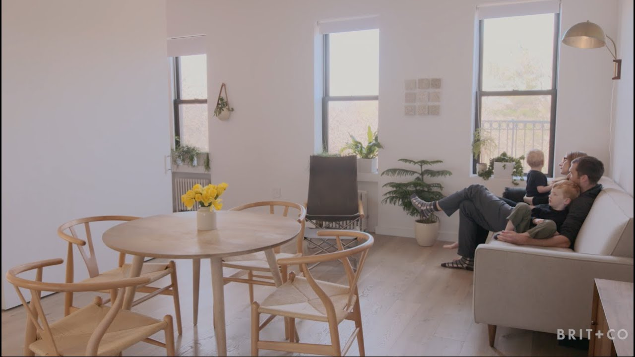 Tiny Spaces: A Minimalist + Family Functional Brooklyn Apartment